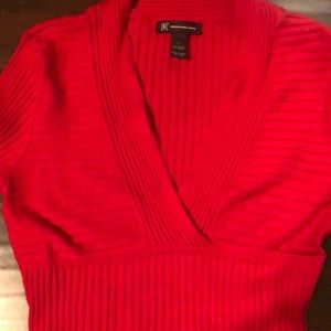 🔵I-N-C Red V-Neck Sweater